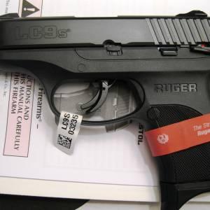 Ruger LC9S black 3235 9mm