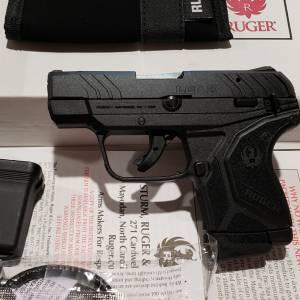 """Ruger LCP-II black 2.75"""" 22lr 13705"""