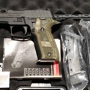 "Sig 226 Pro Cut 4.4"" Black 9mm E26R-9-BXR3-PRO-R2"