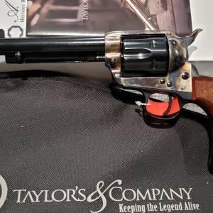 """Taylors/Uberti 1873 Short Stroke Gunfighter 5.5"""" Tuned 45lc 556208DE"""